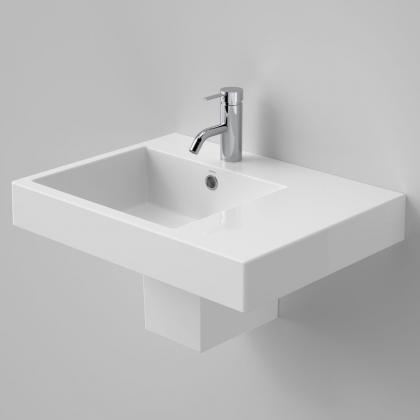 Liano Nexus 600 RHS Wall Basin 1TH